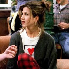 All the ways the ladies of 'Friends' shaped my closet